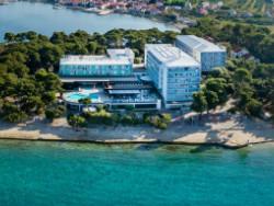 PETRČANE - Hotel Pinija 4*